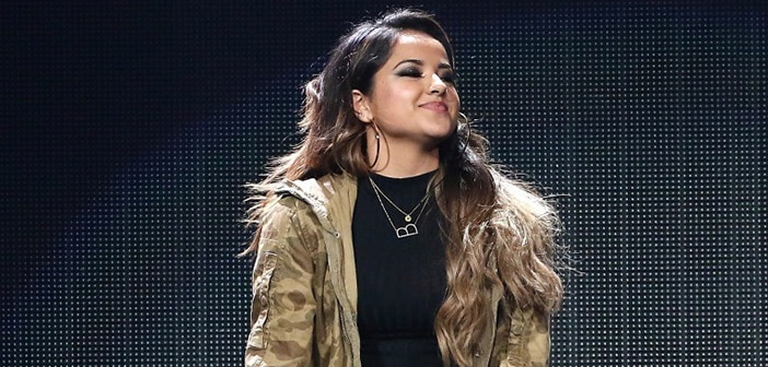 """Becky G Talks About Staying True To Her Self And Love In New Music Video For """"Todo Cambio"""""""