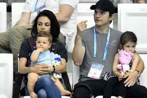 Mila-Kunis-Ashton-Kutcher-kids