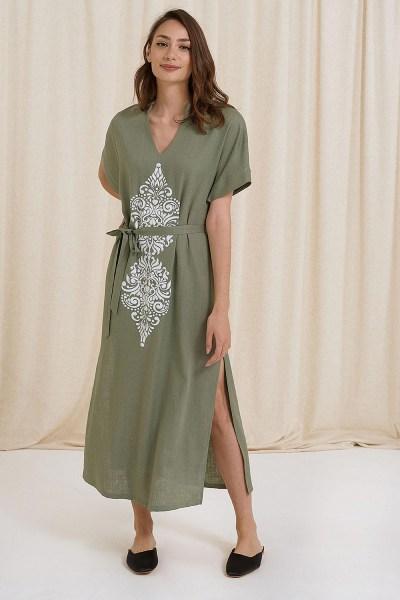 Φόρεμα maxi λινό με τύπωμα και ανοίγματα στο πλάι χακί