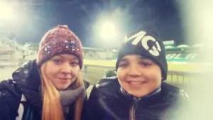 glückliche Besucher eines Auswärtsspiels bei Greuther Fürth