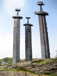 Schwerter im Felsen