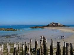 Saint-Malo: Strand bei Niedrigwasser