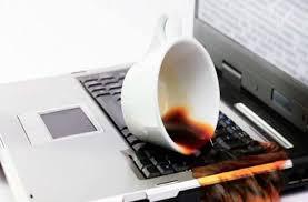 Những thói quen xấu làm giảm tuổi thọ Laptop!