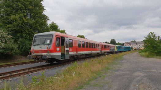 Motorák dopravce Arriva 628.277 míří z Bavorska do Čech.. Autor: Jan Paroubek