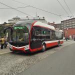 Trolejbus 32 Tr v ulicích Opavy. Foto: MDPO
