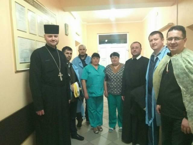 Передвеликодні відвідини захисників у госпіталі Збройних сил України