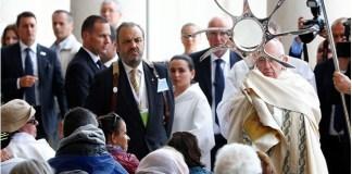 Папа до хворих: Не соромтеся того, що ви є цінним скарбом Церкви