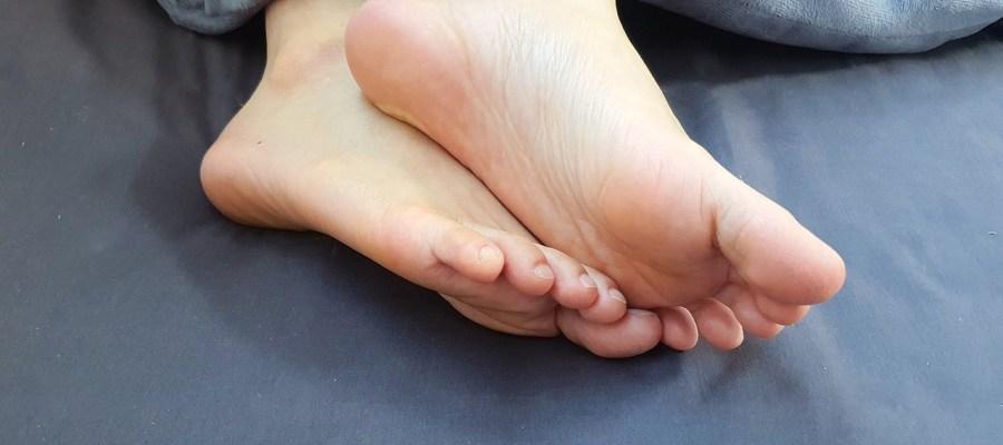 Feet Foot Massage Footprint Woman  - 16704029 / Pixabay