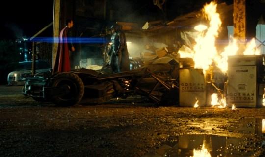Батман срещу Супермен
