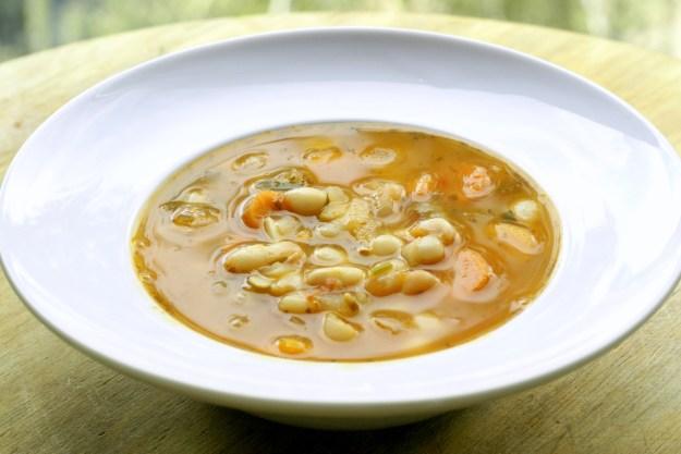 Bułgarska zupa fasolowa.
