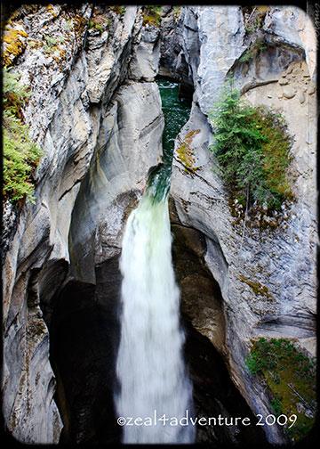 canyon-waterfalls