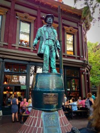 Ghostly Gastown Tours