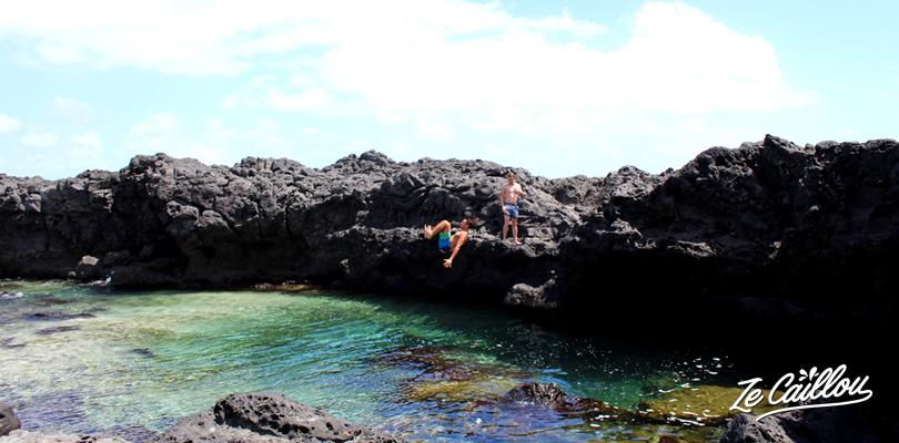 La crique de la Pointe au Sel, un des bassins de l'Ouest de la Réunion