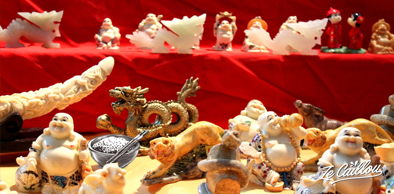 Chinese figurines representing chinesezodiac signs animals, tiger dragon, rabbit, ox...