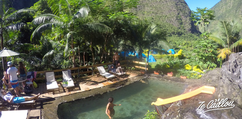 Have a swim in the beautiful natural swimming pool of the Ilot Paradisiaque cottage