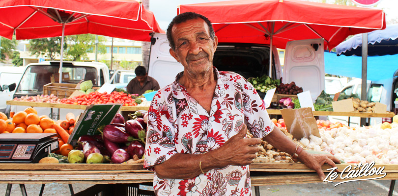 Gramoun créole au marché forain de Saint-Paul à la Réunion