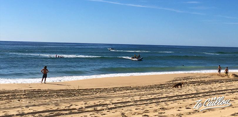 Plage Sud de mimizan dans les Landes, surf et paddle géant