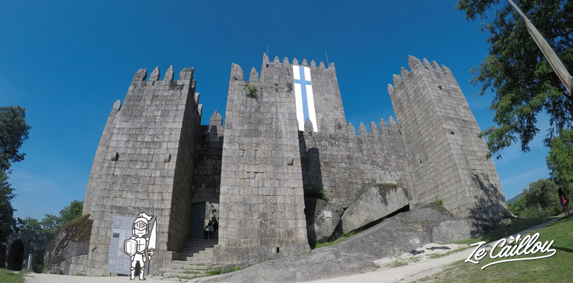 Visit the castle of the 1st independant rey of Portugal in Guimaraes