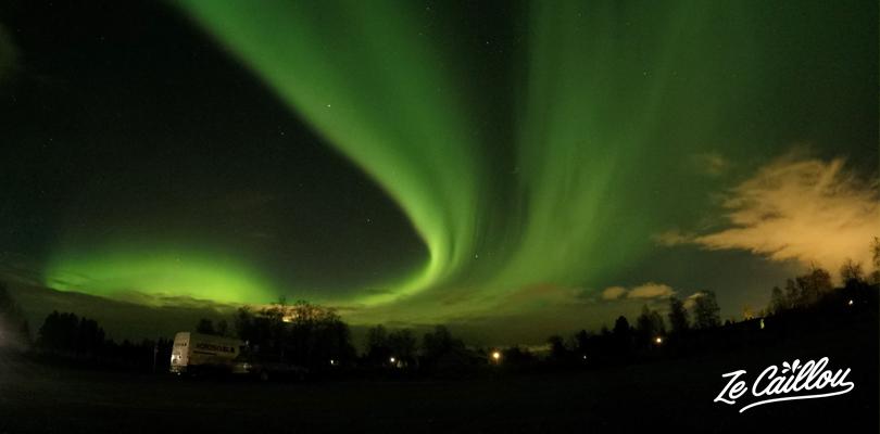 Avoir la chance d'observer des aurores boréales en Laponie.