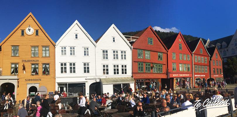 Vieux quartier de Bryggen dans la calme et agréable ville de Bergen en Norvège.