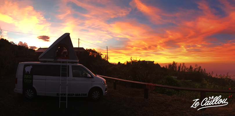 Amazing sunrise during our van roadtrip in Reunion Island, here at Ecorce Blanc in Tevelave.