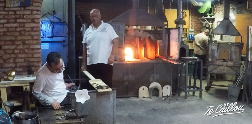 Enjoy a quick but free show in a murano glass factory.