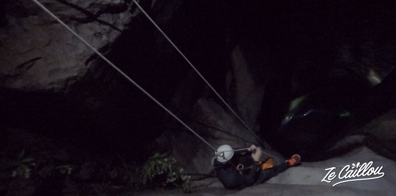 Great rappelling descent by night when canyoning at Fleur Jaune