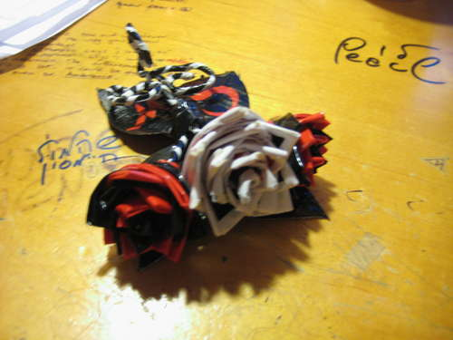 https://i2.wp.com/zedomax.com/blog/wp-content/uploads/2009/02/duct-tape-corsage.jpg