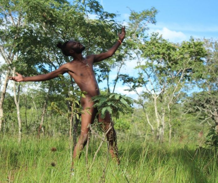 K.R.Y.T.I.C goes naked