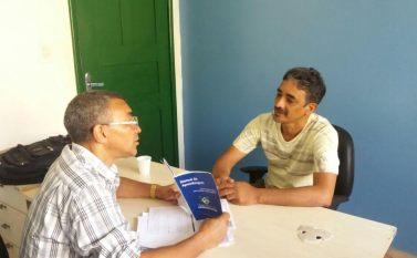 Coordenador do Sine Parauapebas em visita às empresas