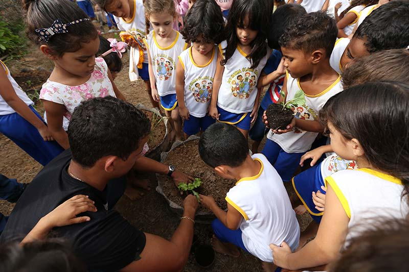 """MP-leva-""""Quintal-da-Vovó""""-e-sustentabilidade-para-escolas-de-Marabá2"""
