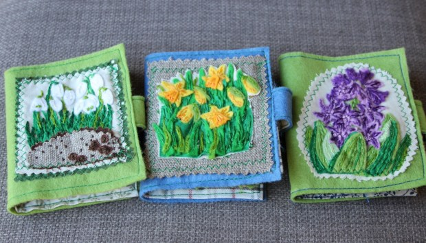 Spring set of needle cases.
