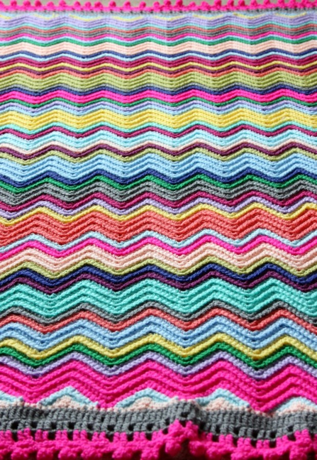 crochet-chevron-blanket