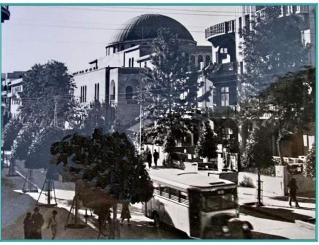 הקו לקזינו. אוטובוס ברחוב אלנבי ליד בית הכנסת הגדול.