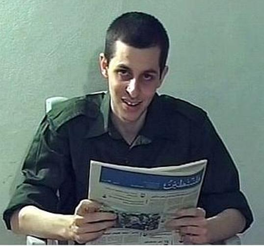 גלעד שלי בטלויזיה של החמאס