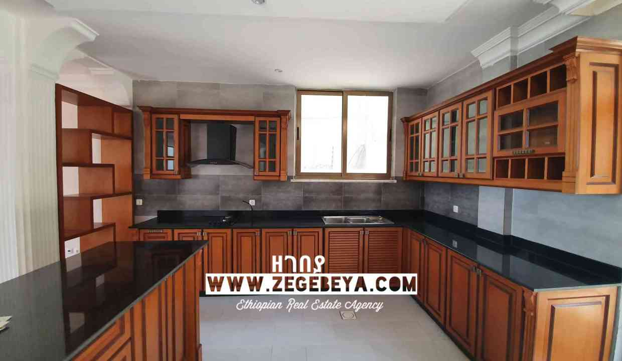 9_Top View for sale 650sqm 7bedr 55m 20200501_123151_watermark_Tue_26052020_031044