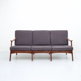 Sofa_Three seater_patinated Oak and Fabric_Italy_1960s5H0A2834_zeger van Olden_mid century_mid century modern_amsterdam_italian_scandinavian