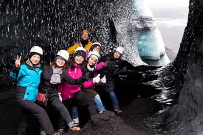 Island Gletscherhöhle Gruppe