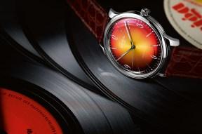 Glashütte_1-39-52-07-02-01_Sixties_Red_PR-1-2