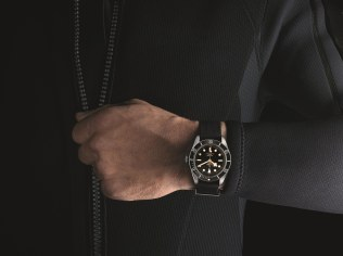 TUDOR HERITAGE BLACK BAY BLACK - EMBARGO 15 OCTOBRE 2015_04