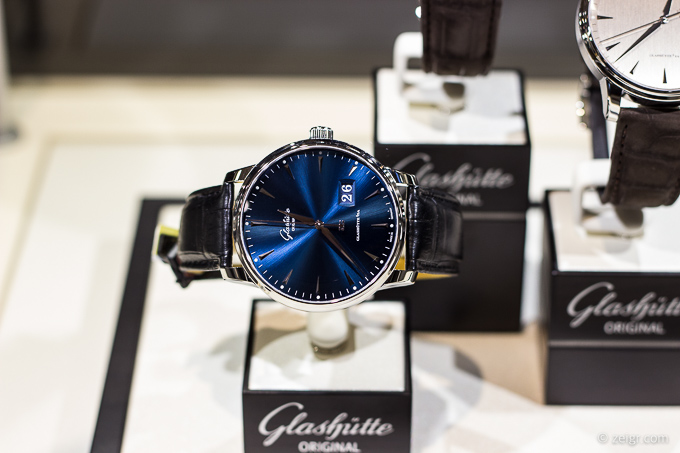 Glashütte Original Senator Excellence Panoramadatum, 42 mm, Preis: 9.200 Euro