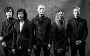 A Perfect Circle - »Eat The Elephant«