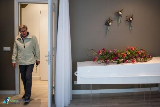 Een kijkje nemen tijdens Openhuis Afscheidshuys 't Zeisterbosch het uitvaartcentrum van Samantha Drent
