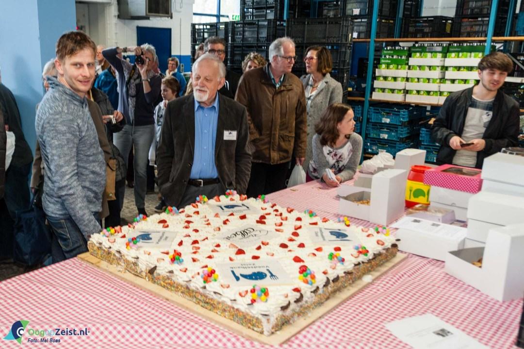 Opening van het distributiecentrum van de voedselbank van Renesseweg in de oude brandweerkazerne