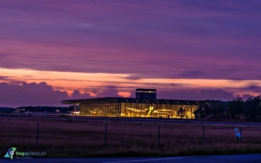 Nationaal Militair Museum bij zondsondergang