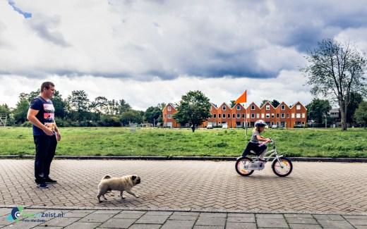 Leren fietsen op de Reigerlaan
