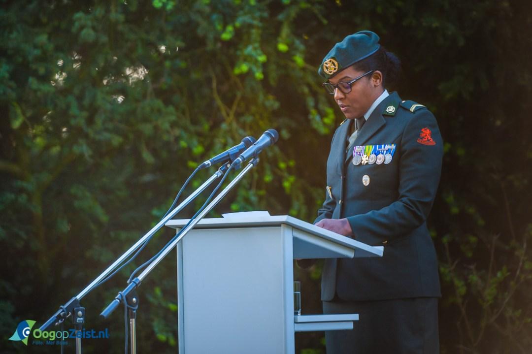 toespraak van veterane Kimberley Baarh, tijdens Dodenherdenking.