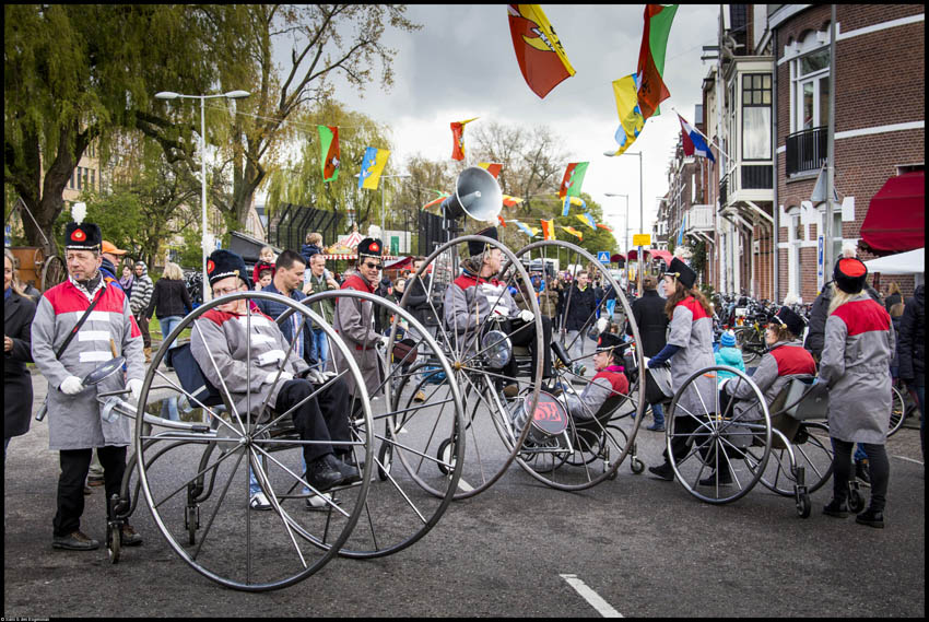 Sound Wheelies - Wij zijn 5D - Koningsdag Bredewegfestival Watergraafsmeer - © Saris & den Engelsman