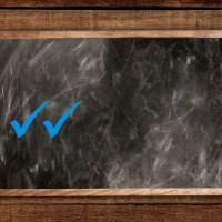 Zwei blaue Haken
