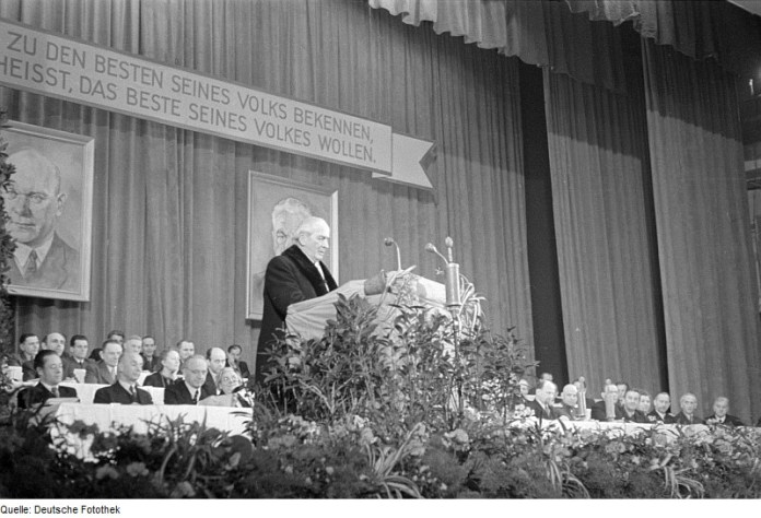 Erich Weinert gegen den österreichischen Heimwehrfaschismus
